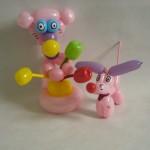 Luftballonfiguren Bärr mit Blumen und Hund